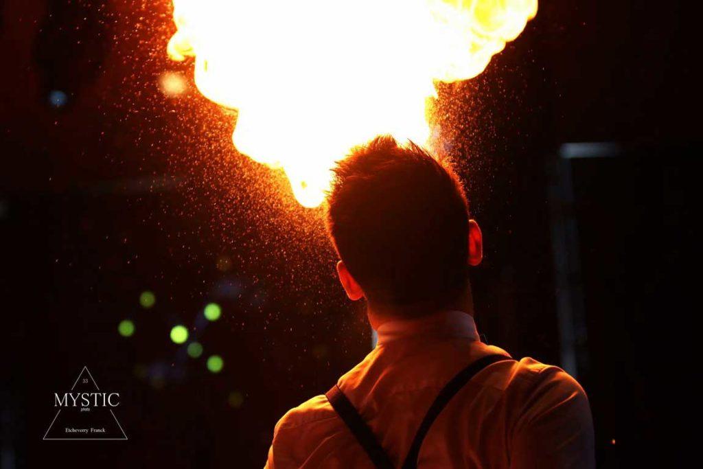 jeremy-canto-magicien-cracheur-feu-lumineux-magie (45)