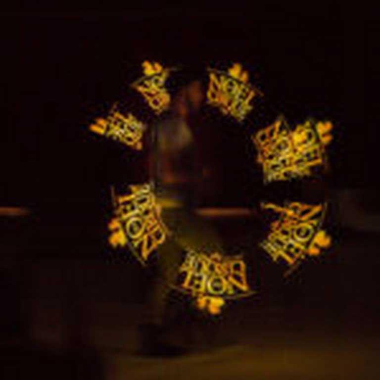 jeremy-canto-magicien-cracheur-feu-lumineux-magie (8)